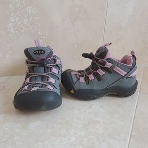 Keen girls shoes